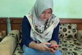 Isnaini, Buruh Perempuan Karanganyar yang di-PHK Kini Banting Setir Jualan Online
