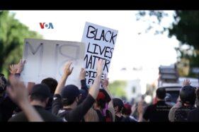 Aksi demonstrasi di luar Gedung Putih, Washington DC, AS, Senin (1/6/2020), memprotes kematian George Floyd. (VOA)
