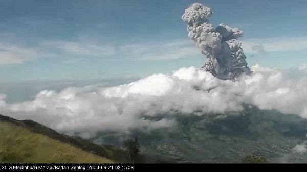 Aktivitas Kegempaan Gunung Merapi Makin Intensif Sepekan Terakhir, Pertanda Apa?
