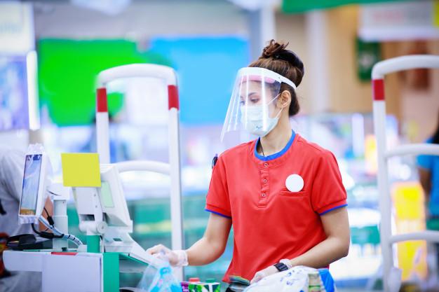 Face Shield Vs Masker Kain, Lebih Ampuh Mana Tangkal Virus Corona?