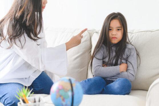 Orang tua harus bisa mereda stres untuk mencegah kekerasan pada anak (ilustrasi/freepik)