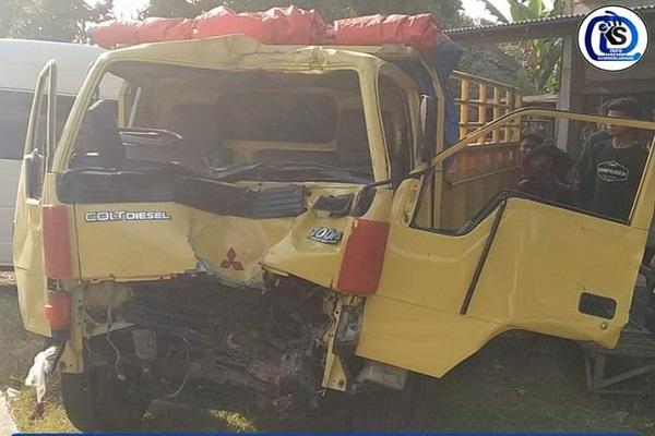 Kecelakaan Truk Tabrak Pohon di Sumberlawang Sragen, 2 Patah Tulang