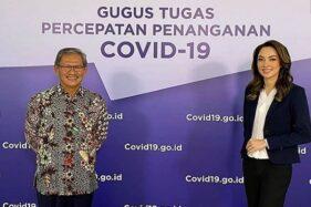 Dokter Reisa Broto Asmoro bersama Achmad Yurianto sebagai Jubir Gugus Tugas Covid-19 Indonesia. (Instagram)