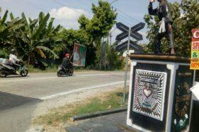 Penampakan salah satu tugu perguruan silat yang berdiri di tepi jalan Ring Road Selatan Sragen, tepatnya di wilayah Mojo, Sragen, Jumat (26/6/2020). (Solopos/Moh. Khodiq Duhri)