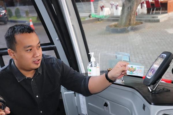 Asyik! Makin Mudah Bayar Tiket Bus di Solo Pakai Mandiri e-Money