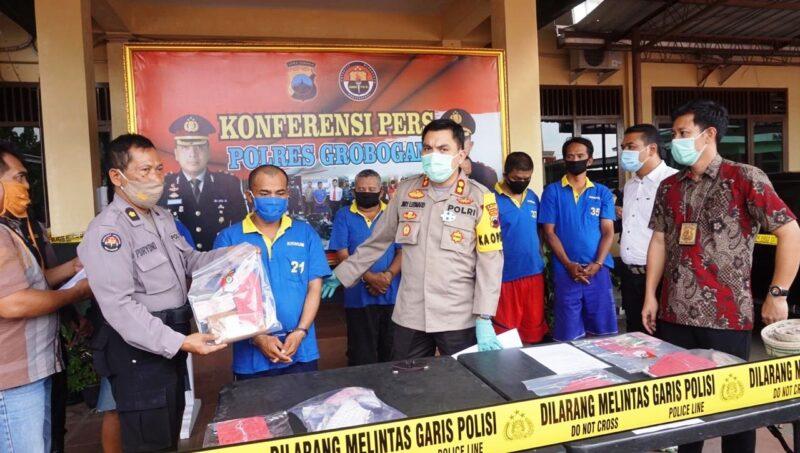 Polisi Grobogan Tangkap 2 Penjual Togel Online dan 3 Judi Dadu