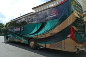 Resto on the Bus (Solopos.com-Imam Yuda S.)
