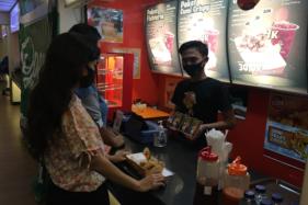 Auto Jajan! Tenant Baru di SGM Solo Sajikan Olahan Seafood Harga Miring