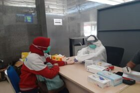 Layanan rapid test di Stasiun Solo Balapan, Kamis (30/). (Istimewa/PT KAI Daops VI)