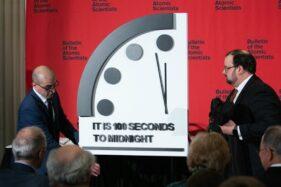 Bikin Jam Perhitungan, Kelompok Ilmuwan Sebut Jadwal Kiamat Dipercepat
