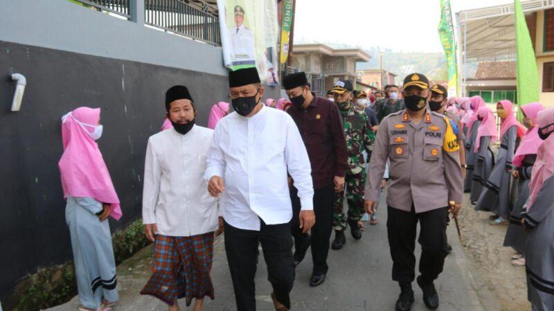 Gembleng 29 Santri, Karanganyar Luncurkan Program Satu Desa Satu Hafiz