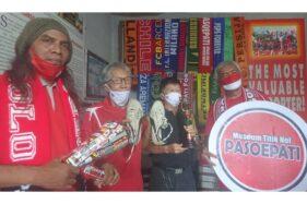 Duo Legenda Persis Solo Sumbang Barang Bersejarah ke Museum Titik Nol Pasoepati