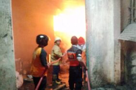 Kebakaran Pabrik Tekstil PT Bati Sragen dari Gudang Kapas, Petugas Bingung Cari Air