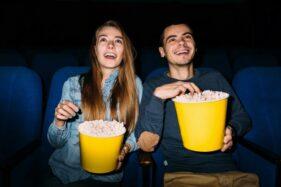 5 Film Romantis Terbaik yang Cocok Ditonton Bareng Pasangan