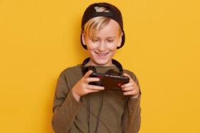 Anak Kecanduan Gadget, Apa yang Harus Dilakukan Orang Tua?