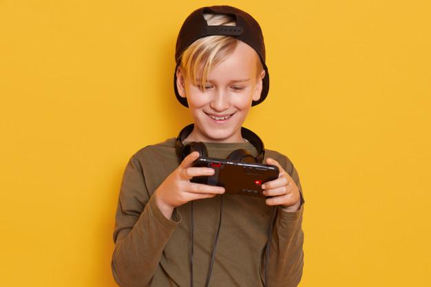 Cara Mencegah Anak Kecanduan Gadget, Nomor 2 Bisa Nggak?