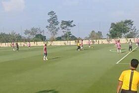 Pengunjung menjajal lapangan baru yang dikelola PT Harapan Jaya Lestarindo, di Pusporenggo, Sabtu (4/7/2020). (Istimewa-Kades Pusporenggo)