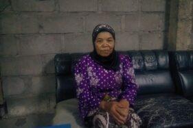 Mak Keti yang tinggal sendirian di dekat puncak Merapi. ( Harian Jogja/Hery Setiawan)