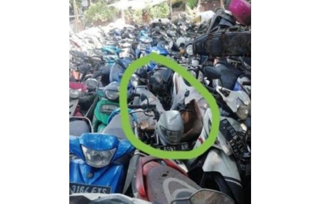 Superlangka, Sepeda Motor SMI Expressa Ini Bikin Heboh Netizen
