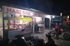 Warung Nasi Goreng Gila Delanggu di Sabrang, Kecamatan Delanggu, Kabuapten Klaten, Sabtu (11/7/2020). (Solopos.com/Ponco Suseno)