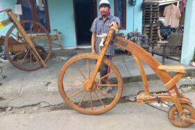 Dibikin Dari Limbah, Sepeda Kayu Sarijo Klaten Ditawar Seharga Motor CBR