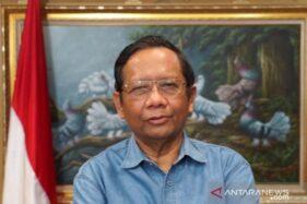 Menko Polhukam Mahfud MD saat memberikan press update terkait penangkapan Djoko Tjandra. (Antaranews.com)