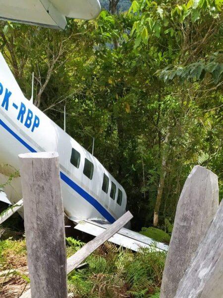 Pesawat Angkut Bansos Sembako Mengalami Musibah di Papua