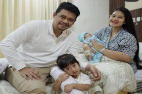 Setelah Dirahasiakan, Ini Nama Lengkap Cucu Keempat Jokowi...