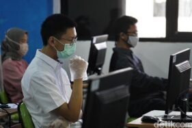 Ujian Tulis Berbasis Komputer (UTBK) digelar di Universitas Negeri Jakarta. (Detik.com)