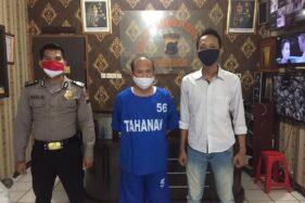 Foto yang menunjukkan Sugiyono mengenakan baju tahanan beredar luas di grup Whatsapp warga Dukuh Kroyo, Desa Taraman, Sidoharjo, Sragen, belum lama ini. (Istimewa)