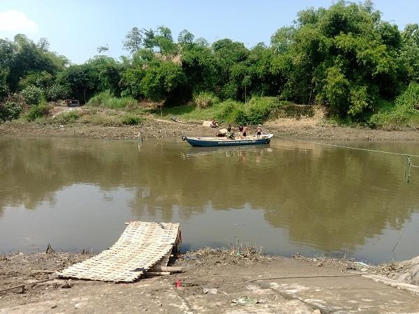 Jembatan Sasak Bengawan Solo Hancur Diterjang Arus, Padahal Belum Sebulan Dibangun