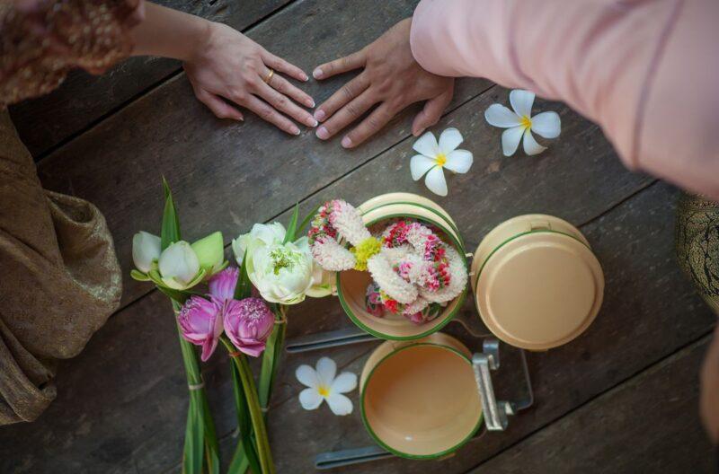5 Tradisi Mahar Pernikahan Termahal di Indonesia