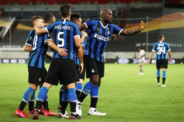 Menang 2-1, Inter Milan Depak Fiorentina dari Piala Italia