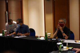 Ketua Dewan Komisioner OJK, Wimboh Santoso, saat menggelar pertemuan di Hotel Gumaya, Kota Semarang, Jawa Tengah, Rabu (5/8/2020). (Semarangpos.com-OJK Regional 3 Jateng-DIY)
