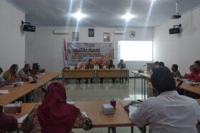 Sosialisasi tahapan pencalonan bupati dan wakil bupati Wonogiri di kantor KPU Wonogiri, Rabu (12/8/2020). (Solopos/M. Aris Munandar)