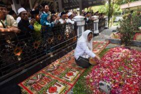 Makam Presiden Keempat Gus Dur Belum Bisa Dikunjungi Peziarah