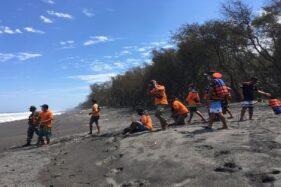 7 Wisatawan Terseret Ombak di Pantai Goa Cemara Ternyata Satu Keluarga, Royal ke Tetangga