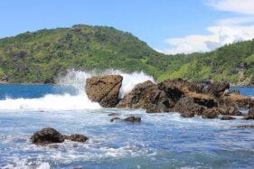 Pantai Wediombo. (Detik.com)