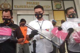 Polisi merilis kasus pemerkosaan perempuan di Bintaro. (Detikcom)