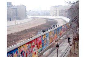 Hari Ini Dalam Sejarah: 13 Agustus 1961, Tembok Berlin Dibangun