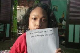 Vea, bocah difabel yang menulis surat ke Ganjar Pranowo, ingin sekolah. (Detik.com)