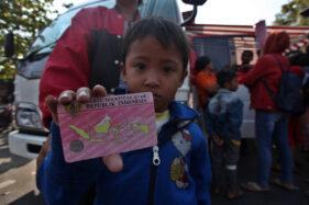 Ilustrasi kartu identitas anak