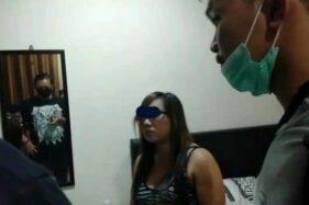 Ilustrasi janda saat ditangkap polisi. [Ungkap.id]