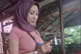 Foto pelayan asal Malaysia tampil seksi dengan gaya busana yang di Indonesia kerap disebut sebagai jilboobs, Rabu (23/9/2020). (Instagram-@darleneadrienne_)