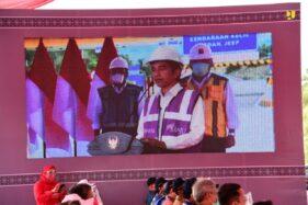 Presiden Joko Widodo saat meresmikan pengoperasian jalan tol Manado-Bitung ruas Manado-Danowudu secara virtual di Istana Kepresidenan Bogor, Selasa (29/9/2020).