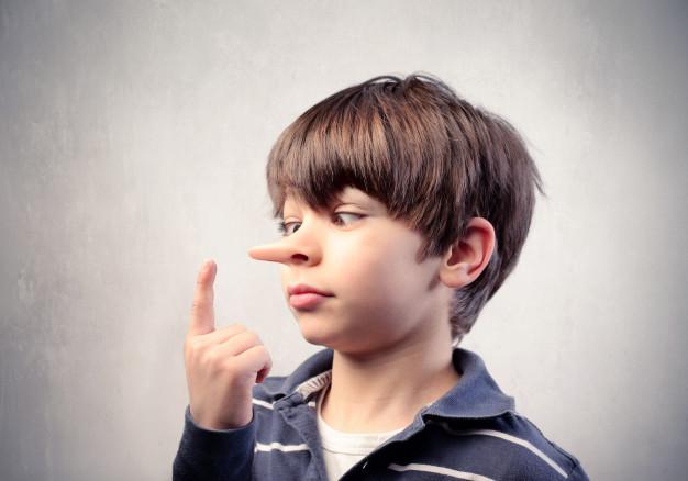 Jangan Pakai Kekerasan, Ini Cara Menghentikan Kebiasaan Anak Berbohong