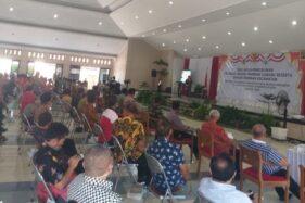 Suasana Deklarasi dan Pengukuhan Papdesi Klaten di gedung RSPD Klaten, Sabtu (19/9/2020). Di kesempatan itu, Bupati Klaten, Sri Mulyani sempat berpantun. (Solopos.com-Ponco Suseno)