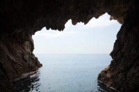 Gua di Tebing Kali Cemoro Sragen Ditemukan, di Dekatnya Ada Ada Batu Semedi Pangeran Diponegoro