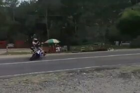 Capture video aksi keplek miring di Cemara Kandang. (Instagram/@karanganyarkita)