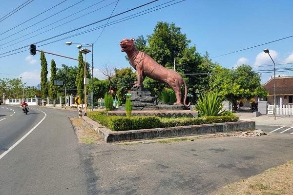 Asale Patung Macan Bambangan di Selogiri Wonogiri, Simbol Ketegasan